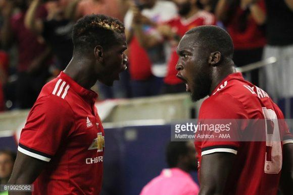 Paul Pogba (esquerda) e Romelu Lukaku (direita), as duas contratações mais caras da história do Manchester United.