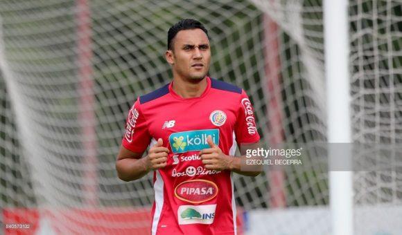 O goleiro Keylor Navas é o principal astro da seleção costa-riquenha. Aliás, é considerado o maior ídolo do futebol costa-riquenho.