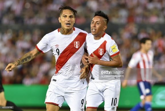 Os dois maiores destaques da seleção do Peru, são figuras conhecidas do público brasileiro. Trata-se do atacante Paolo Guerrero e do meia Christian Cueva.