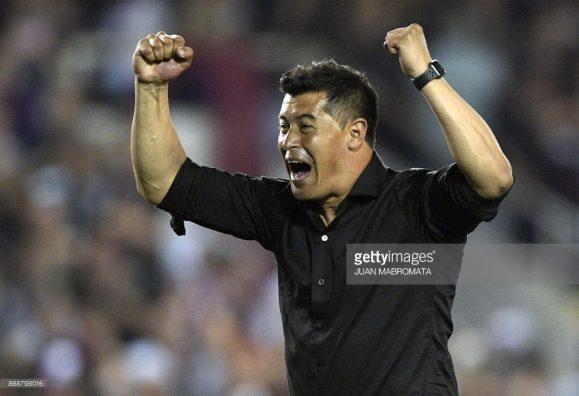 """O comandante do conjunto Granate, Jorge """"El Negro"""" Almiron, tem uma vasta história no futebol mexicano e trabalhou no Independiente antes de assumir o Lanús."""