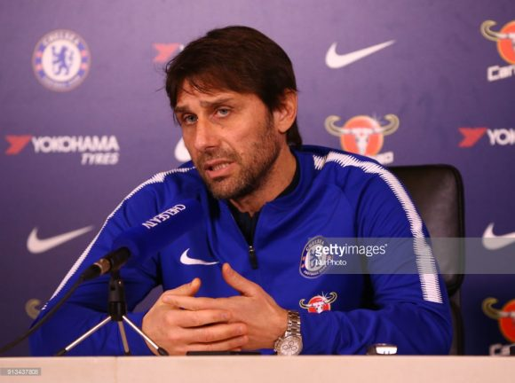 Antonio Conte no Chelsea.