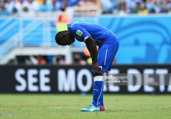 Em declínio: a Itália caiu fora ainda na fase de grupos tant no Mundial 2010 (África do Sul) quanto na Copa de 2014 (Brasil).