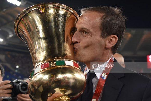 Curiosamente, Massimiliano Allegri era o comandante do Milan na última vez em que o Milan ganhou a Copa da Itália.