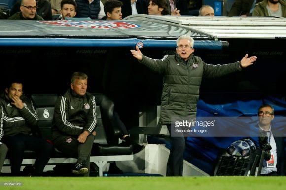 Se o treinador Jupp Heynckes já estava revoltado com a arbitragem do alemão Bjorn Kuipers, imagina como o técnico ficou irritado com o turco Çakir no jogo de volta.