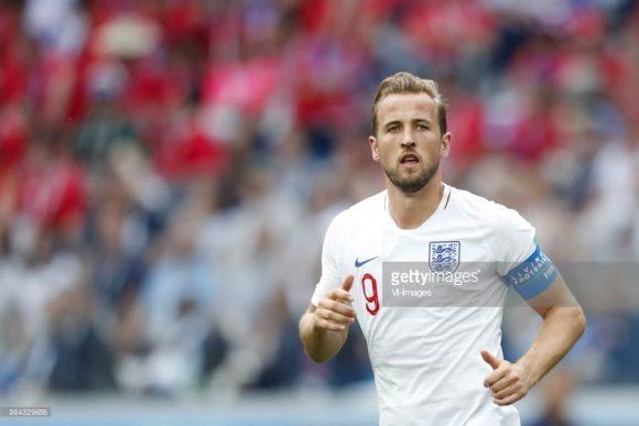Com cinco gols marcados em duas partidas disputadas, Harry Kane lidera a tabela de artilheiros da Copa do Mundo.