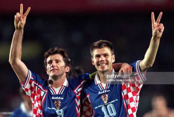 A mlehor participação da Croácia em Copas do Mundo, aconteceu no Mundial de 1998 (França), quando o esquadrão formado por Suker, Zvonimir Boban, entre outros, terminou na terceira posição do torneio.