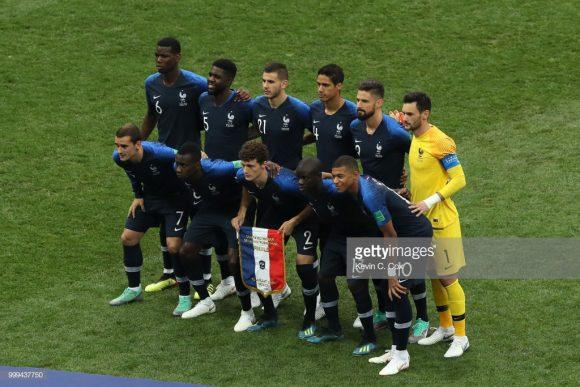 Miscigenação: 19 dos 23 jogadores convocados por Didier Deschamps são imigrantes ou filho de imigrantes, sendo a maioria, provenientes de antigas colônias francesas na África.