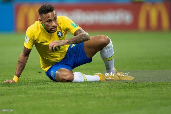 Por incrível que pareça, Neymar jogou melhor na Copa de 2014 do que no Mundial de 2018. Na Rússia, o camisa 10 tupiniquim marcou apenas dois gols.