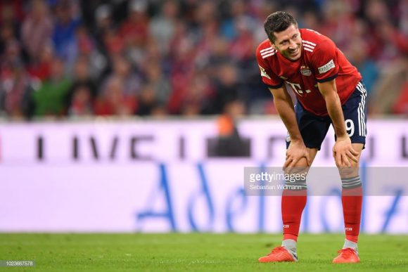 Depois de decepcionar na Copa do Mundo de 2018, aonde defendeu a seleção da Polônia, Robert Lewandowski estreou com um gol na Bundesliga.