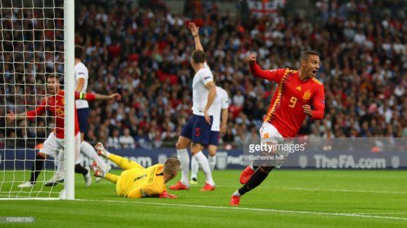 Com uma assistência e um gol, o brasileiro naturalizado espanhol, Rodrigo, foi o grande destaque da Espanha no estádio de Wembley.