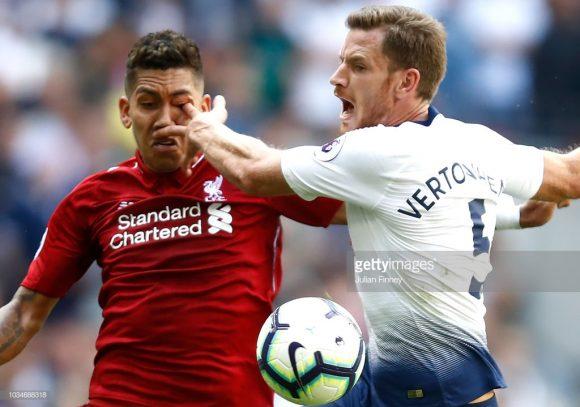 Após sofrer uma chocante lesão no olho, no duelo frente o Tottenham, o brasileiro Roberto Firmino está 100% recuperado e estará em campo contra o PSG.