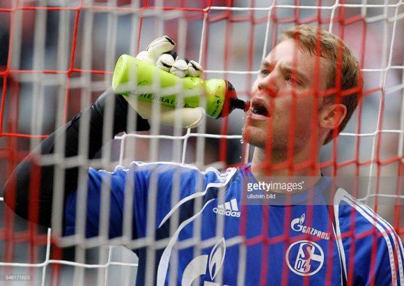 A última vitória do Schalke 04 sobre o Bayern Munique, aconteceu em 2011, pelas semifinais da Copa da Alemanha, época em que o goleiro dos Azuis Reais era Manuel Neuer.