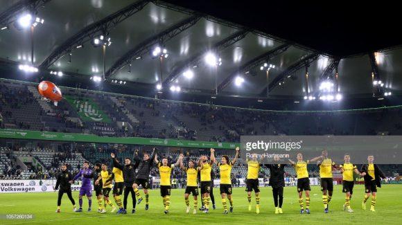 O Borussia Dortmund é a única equipe invicta na Bundesliga até o momento. Consequentemente, os auri-negros lideram a liga com quatro pontos de vantagem sobre o vice-colocado, Borussia Monchengladbach.