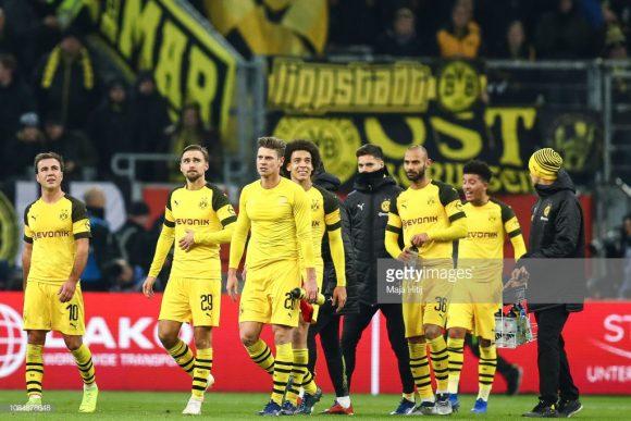 Seis pontos separam o líder Borussia Dortmund, do xará Monchengladbach, na tabela da Bundesliga.