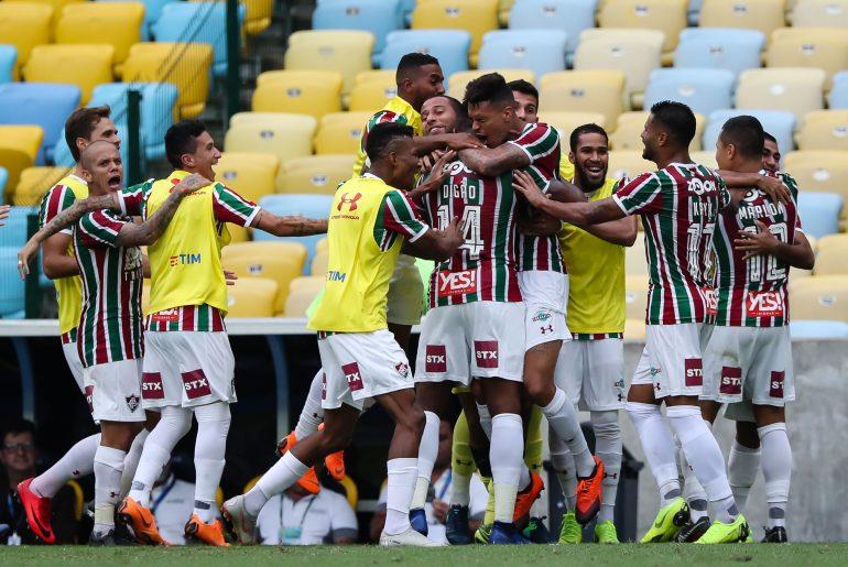 Richard, do Fluminense, comemora seu gol