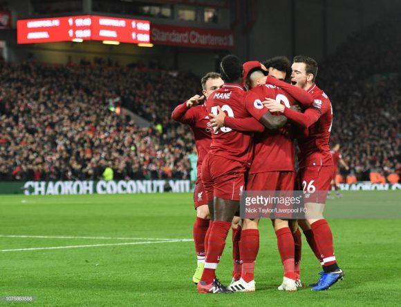 Apesar do estilo de jogo extremamente ofensivo, o Liverpool é dono da melhor defesa da Premier League com apenas 8 gols sofridos em 20 jogos.