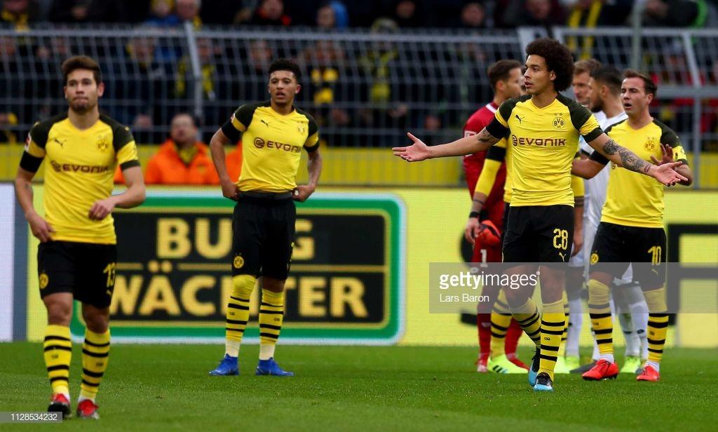 Após abrir uma larga vantagem de 3 a 0 sobre o Hoffenheim, o Borussia Dortmund permitiu com que o adversário chegasse ao empate no Signal Iduna Park, pela rodada passada da Bundesliga.