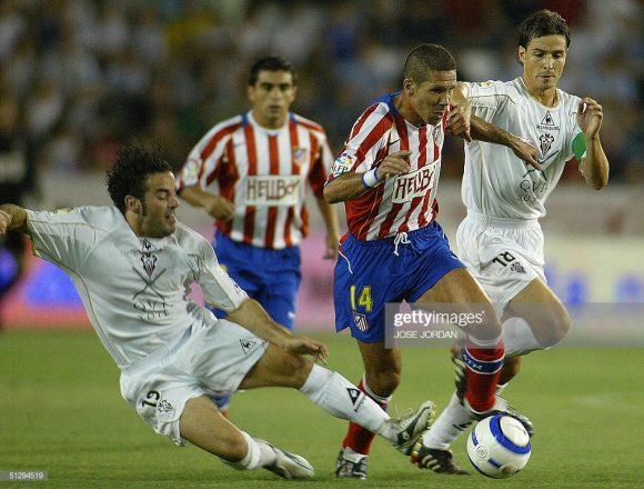 Cholismo, assim é conhecido o futebol apresentado pelo Atlético Madrid de Diego Simeone. Muita garra, empenho e aplicação, características trazidas por Cholo desde a época em que ele atuava fora das quatro linhas.