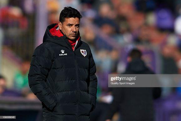 Com o time na zona do rebaixamento e vindo de sete derrotas seguidas, o treinador Míchel, campeão da segunda divisão com o Rayo Vallecano na temporada passada, foi demitido pela diretoria.