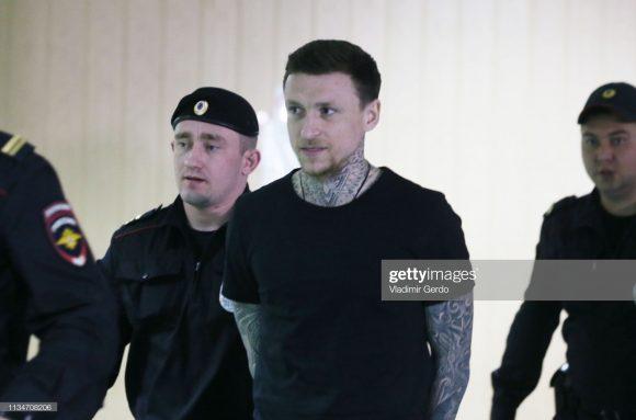 Preso desde o ano passado, Aleksandr Kokorin continua detido por conta de uma briga em um bar de Moscou. A pena do atacante é válida até setembro.