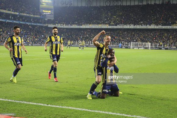 Apesar da má campanha na Super Lig, o Fenerbahce está invicto há oito jogos no estádio Sukru Saracoglu pela competição.