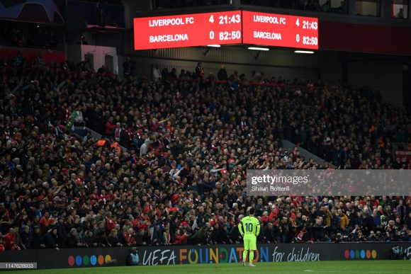 Nem mesmo o craque Lionel Messi escapou das críticas, depois da derrota do Barcelona frente o Liverpool por 4 a 0.
