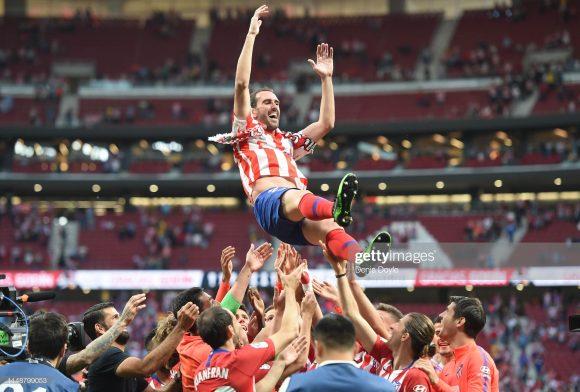 Ídolo dos colchoneros, o zagueiro Diego Godín vestiu a camisa do Atlético Madrid pela última vez no estádio Metropolitano, no jogo diante do Sevilla, disputado no domingo passado.