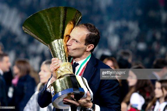 Os seis títulos do Calcio na bagagem, sendo cinco pela Juventus e um pelo Milan, Massimiliano Allegri é o segundo treinador que mais vezes venceu o Campeonato Italiano, atrás apenas do sete vezes campeão, Giovanni Trapattoni.
