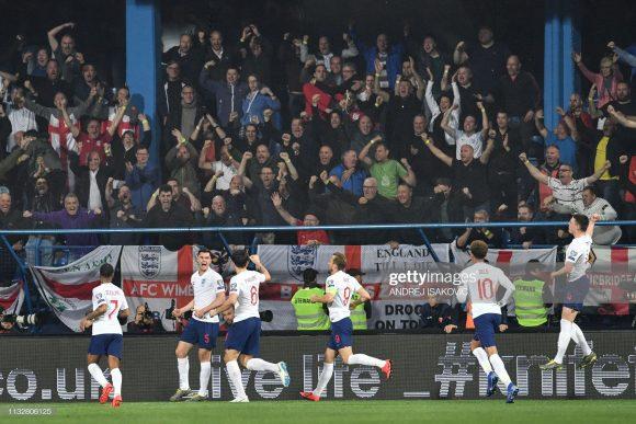 Sete dos 23 convocados por Gareth Southgate estiveram presentes na final da Champions League no último sábado. Por esta razão, o estado físico da seleção inglesa preocupa.