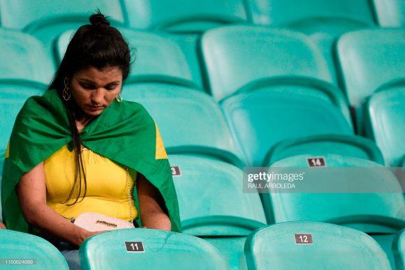 Somente 39.622 pagantes acompanharam a modorrenta partida entre Brasil x Venzuela. Os poucos torcedores que foram quase dormiram na Fonte Nova.