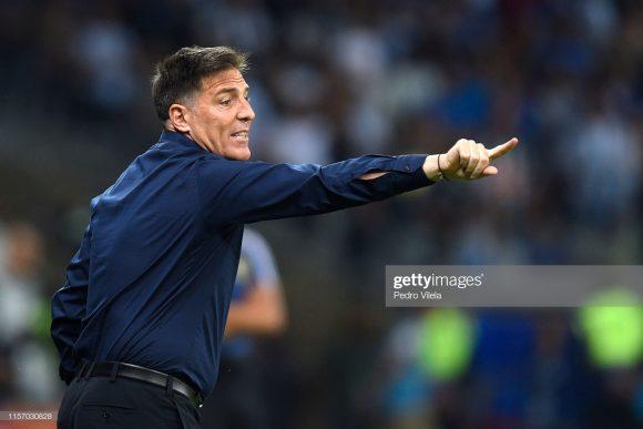 Desde que assumiu a a seleção paraguaia no início do ano, Eduardo Berizzo soma 3 derrotas, 2 empates e apenas uma vitória à frente da equipe.