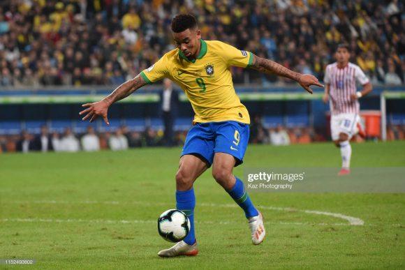 Gabriel Jesus segue em branco na Copa América. Por incrível que pareça, o atacante do Manchester City acumula 657 minutos (10 horas e 57 minutos) sem marcar gols por jogos oficiais.