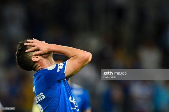 O Cruzeiro não vence há exatos oito jogos, colecionando 5 derrotas e quatro empates neste período.