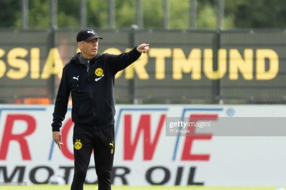 Em sua primeira temporada à frente do Borussia Dortmund, Lucien Favre colecionou