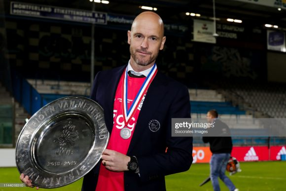 Desde o final de 2017 no comando do Ajax, o técnico Erik ten Hag acumula 56 vitórias, 10 empates e oito derrotas, obtendo 80,18% de aproveitamento à frente da equipe.