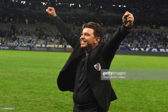 Marcelo Gallardo é o treinador mais bem pago do futebol sul-americano. O técnico de 43 anos de idade ganha pouco mais de 2 milhões de reais por mês para comandar o River Plate.