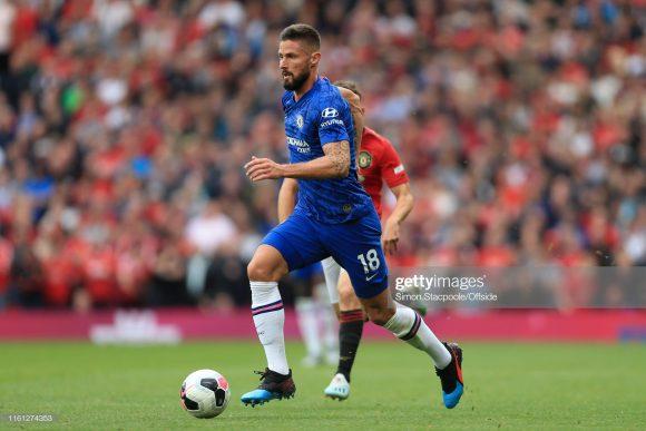 Após começar o clássico contra o Manchester United entre os reservas do Chelsea, é esperado que o experiente atacante Olivier Giroud, inicie a decisão da Supercopa da Europa na equipe titular dos Blues.