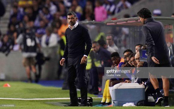 A permanência de Sérgio Conceição, há quatro anos no comando técnico do Porto, é bastante improvável após a eliminação do time na fase pré-eliminatória da Champions League.