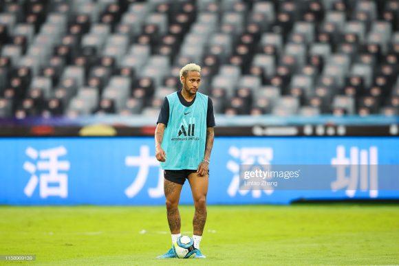 A ideia do Barcelona era iniciar a La Liga com Neymar integrando a equipe, algo que não foi possível, já que o PSG segue fazendo jogo duro para vender o craque brasileiro.