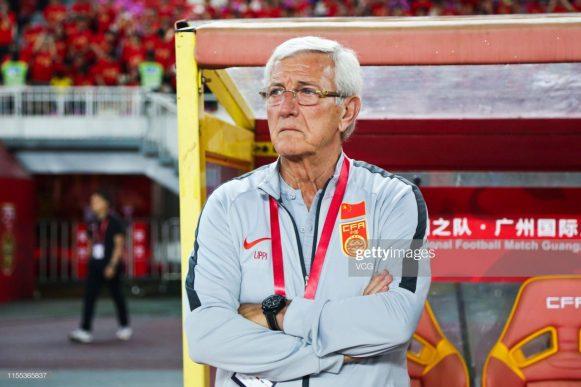Ao lado de Luiz Felipe Scolari, o treinador Marcello Lippi é o treinador mais vezes campeão da liga chinesa, com três títulos no currículo. Por esta razão, o técnico italiano foi escolhido para comandar a seleção da China.