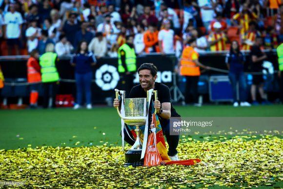O único caneco erguido por Marcelino García Toral, nestes três anos à frente do Valencia, foi a Copa do Rei, conquistado na temporada passada.