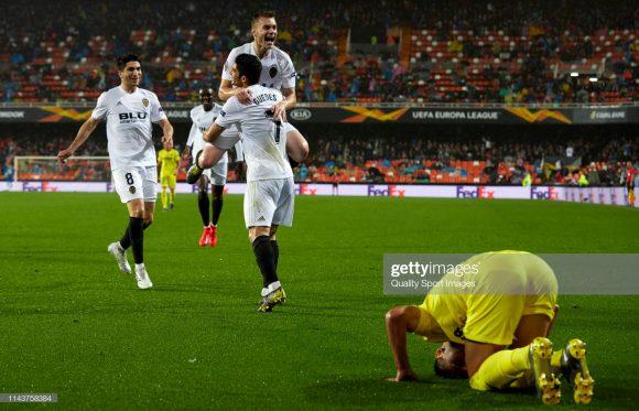 Semifinalista da Europa League (2018/19), o Valência eliminou o eterno rival Villarreal, nas quartas de final do torneio, após vencê-lo tanto o jogo de ida (3 x 1) quanto o jogo de volta (2 x 0). Por sinal, vitórias em clássicos ficaram marcadas nessa passagem de Marcelino pelo Mestalla.