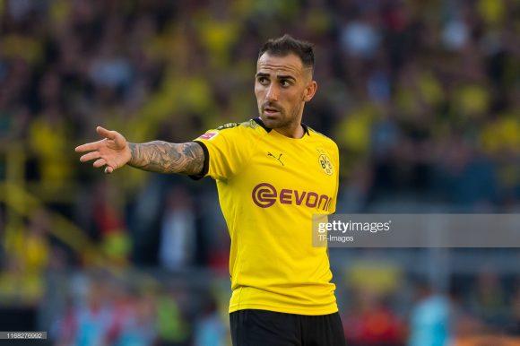 De olho nele: o ex-tacante do Barcelona, Paco Alcácer, é artilheiro do Borussia Dortmund na atual temporada com cinto tentos marcados.