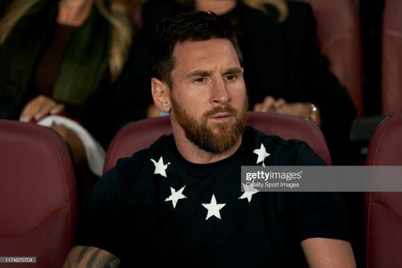 Lionel Messi ainda não entrou em campo pelo Barça nesta temporada. Em contrapartida, o craque argentino foi relacionado por Ernesto Valverde para viajar à Dortmund com o restante do elenco barcelonista.