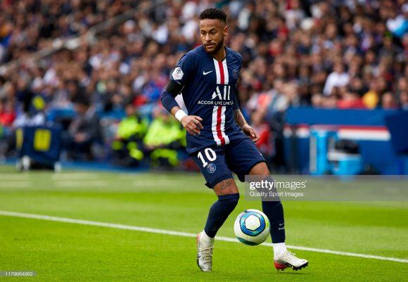 Neymar é o artilheiro do PSG na Ligue 1 com 4 gols marcados.