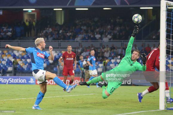 O único grande feito do Napoli até aqui na temporada, foi a vitória frente o Liverpool, por 2 a 1, pela 1ª rodada da fase de grupos da Champions League.