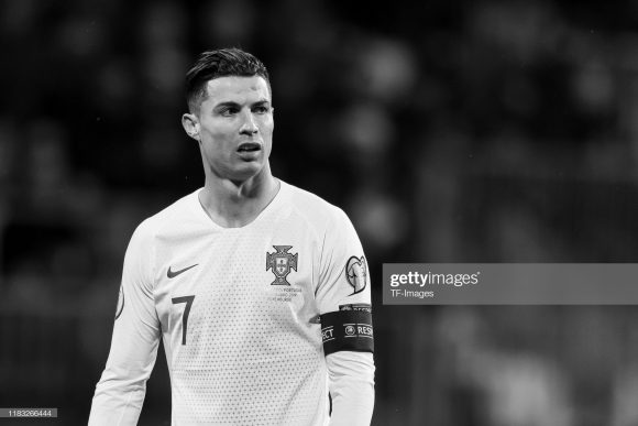Com o tento marcado diante da seleção de Luxemburgo, Cristiano Ronaldo marcou o seu gol de número 99 vestindo a camisa de Portugal.