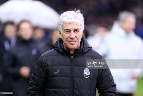 Desde 2016 no comando técnico da Atalanta, o treinador Gian Piero Gasperini acumula 81 vitórias, 41 empates e 40 derrotas à frente da Dea, registrando 58,44% de aproveitamento nesses 162 jogos.