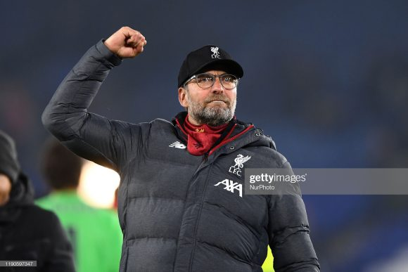 Acumulando 27 vitórias em suas últimas 28 partidas pela Premier League, invictos há mais de um ano pela competição (37 jogos), o Liverpool, de Jurgen Klopp, é uma verdadeira máquina de bater recordes.