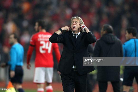 A melhor campanha do Benfica no primeiro turno da Primeira Liga, havia sido na temporada 2014/15, quando Jorge Jesus era o comandante do time.